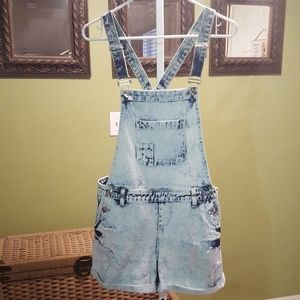 Forever 21 short overalls size Large